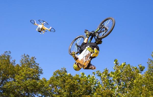 fotografia aerea drone gare sportive